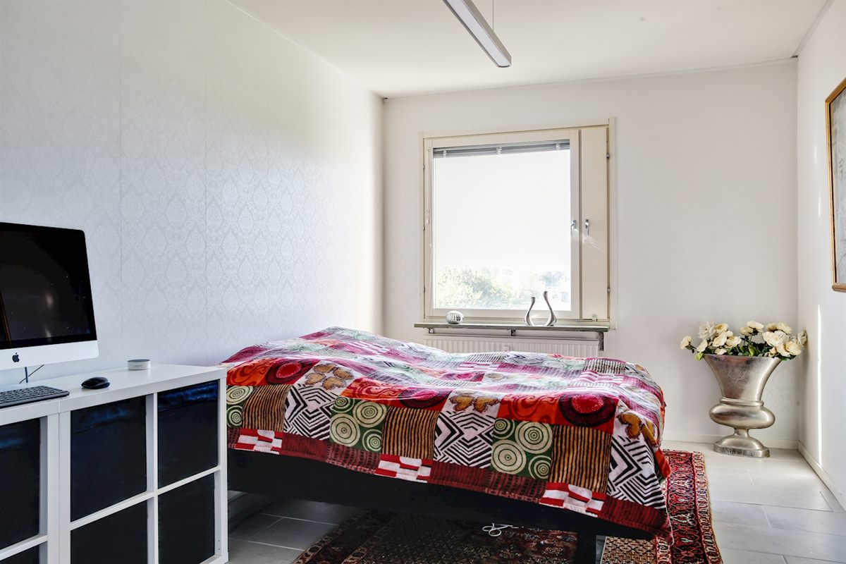 Stort och rymligt sovrum.