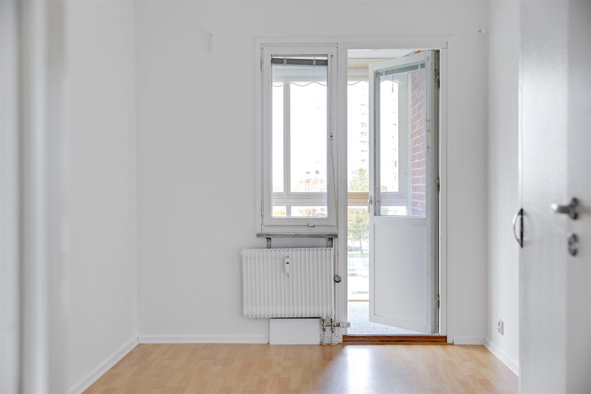 Även det andra sovrummet har utgång till balkong.
